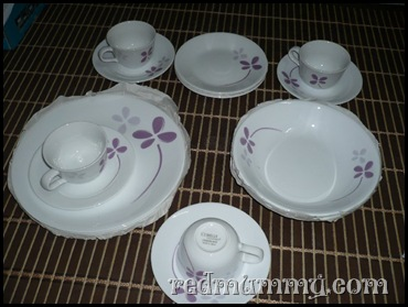 dinner set warm pansies